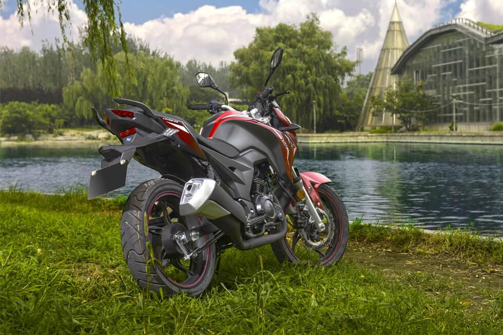موتور سیکلت جهان رو JR 225